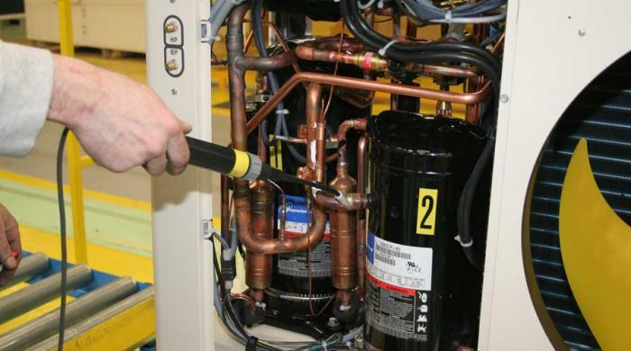 climatisation et pompes à
